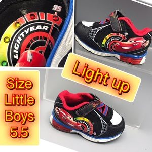 Light Year light up small boy sneakers lightup 5.5
